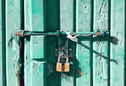 2019 09 Green Door and Lock